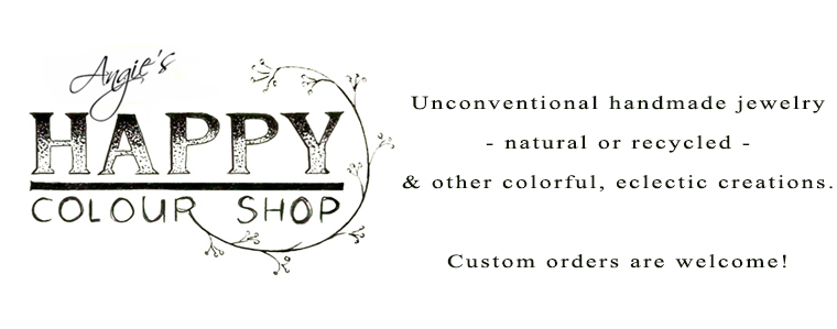 Unconventional handmade jewelry - natural or recycled - & other colorful, eclectic creations: eco-friendly jewelry, mandalas, handlettering,  adult coloring pages, paper mache sculptures